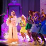 Teatr Variete Legalna Blondynka 01